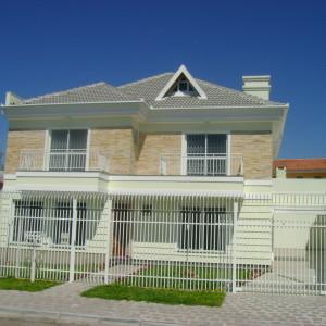 Residência Unifamiliar | Capão da Imbuia, Curitiba - 310 m² construídos