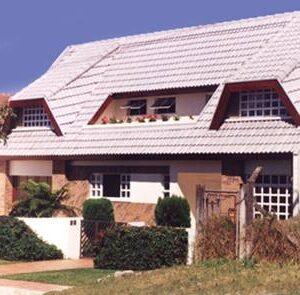 Residência Unifamiliar | Tarumã, Curitiba -  350 m² construídos